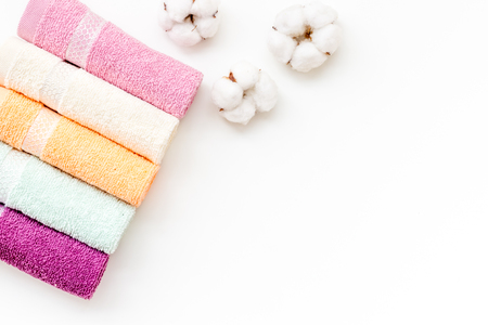 Products made of cotton. High quality cotton towels set on white background top view mock up 스톡 콘텐츠