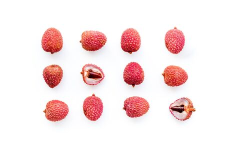 Lychee fruits pattern on white background flat lay top-down 版權商用圖片