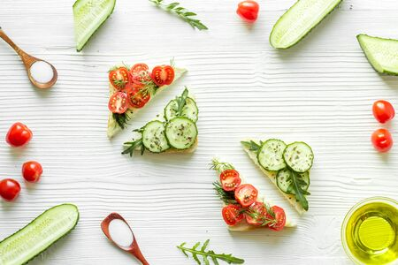 green avocado toasts on white background from above pattern Stok Fotoğraf