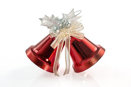 campanas de navidad: Red Bells Navidad aislado en blanco, camino de recortes incluido