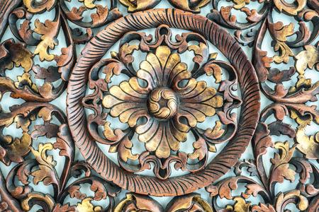 tooled leather: Bella Thailandia Architettura, modello scolpito su legno, elemento di arredamento