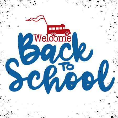 다시 학교 손 브러시 레터링, 낙서 또는 손으로 그려진 스쿨 버스 및 다시 학교 텍스트로 검은 색 두꺼운 배경으로 돌아 오신 것을 환영합니다.