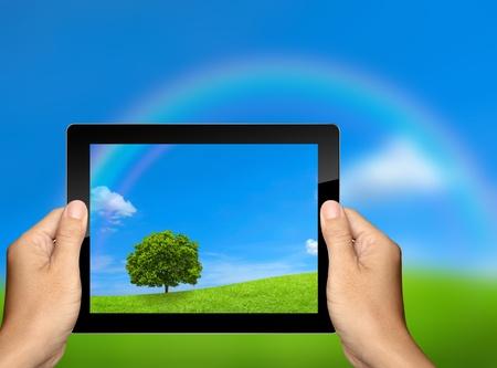 capture: capture the nature landscape with tablet computer