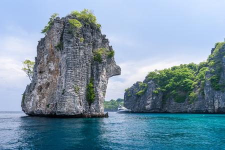 Beautiful sea view of Koh Ha,  near Lanta Island of Krabi province, Thailand Stockfoto