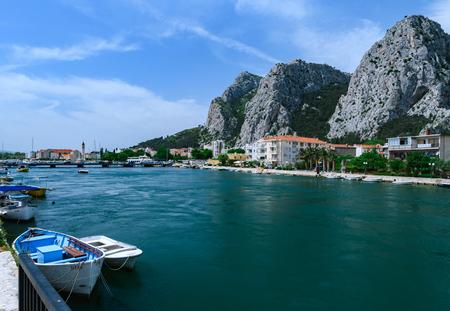 Beautiful view at Omis on the coast line of Croatia 新闻类图片