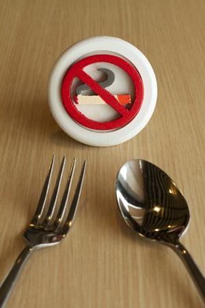 salud publica: foodcourt no fumadores