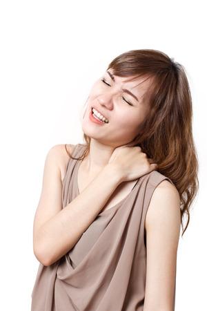 epaule douleur: femme souffre de douleurs à l'épaule lourde ou rigidité