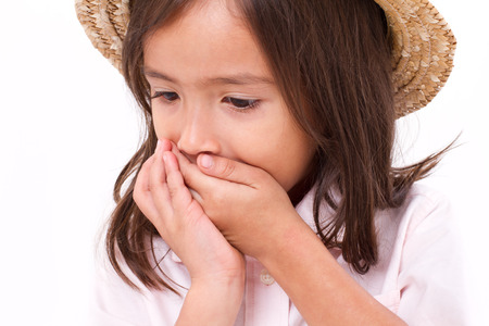 petite fille triste: fille malade avec des naus�es ou indigestion sympt�me Banque d'images