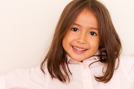 mignonne petite fille: sourire mignonne petite fille