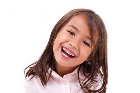 웃는 귀여운 소녀