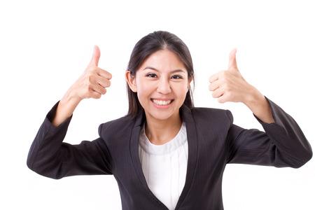 mujeres felices: Feliz, sonriente, mujer de negocios exitosa que muestra el pulgar arriba gesto