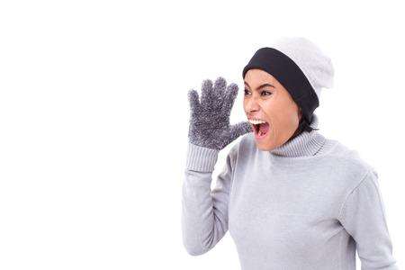 mujer enojada: gritando mujer enojada