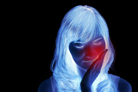 suffers: woman suffers from toothache, medical scan style