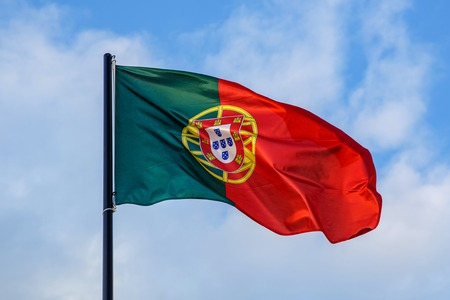 Evolving Portuguese flag, clouds on