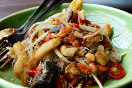tam: Thai Papaya Salad   SOM TAM
