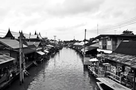 amphawa: Amphawa market Thailand