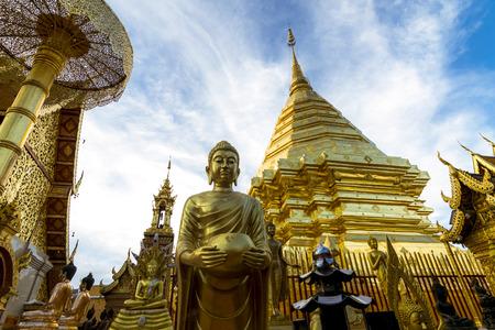 와트 Phra 그 Doi Suthep 치앙마이, 태국에서 유명한 관광 명소입니다 스톡 콘텐츠