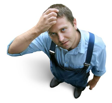 dudando: Worker thinking - man in working clothes - constructor, farmer, machine-operator. Vista desde arriba. Aislado en blanco. Clipping camino.