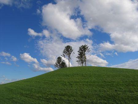Green hill and blue sky (Australia, Victoria, Melbourne)