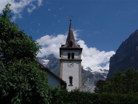 church steeple: Steeple chiesa a Grindelwald, Svizzera  Archivio Fotografico