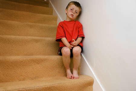 behavior: Concepto de un ni�o maltratado enojado. Foto de archivo