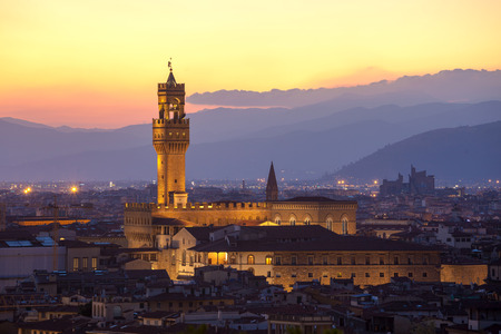 bell tower: Sunset view of the Palazzo della Signoria tower, Florence, Italy