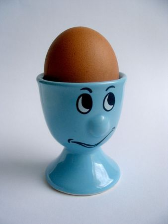 eggcup: egg-cup