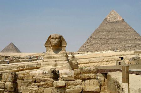giza: Sphinx and pyramids, Cairo, Egypt