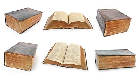 vangelo aperto: Raccolta di Bibbia. Molto vecchi libri aperti isolati su bianco Archivio Fotografico