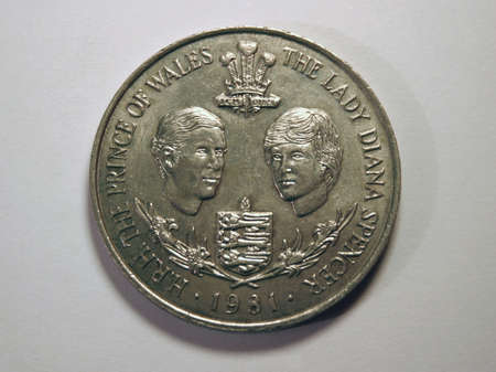 lady diana: Ocassional british coin.