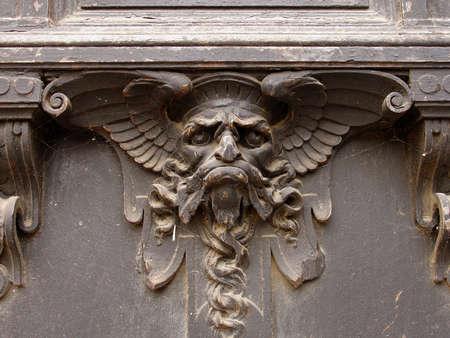 B�te sur la porte, Ch�teau de Pruhonice, R�publique tch�que  Banque d'images