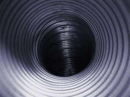 duct: Interior de un conducto de aire de acero