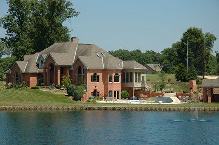 Countryside Estate on a small lakein Kentucky, USA.
