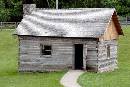 Historic Log Cabin - Historic log cabin from a settlement in Kentucky, USA that was built circa 1770. Stock Photo - 483304