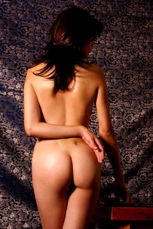 nude butt: Nude back of sexy brunette