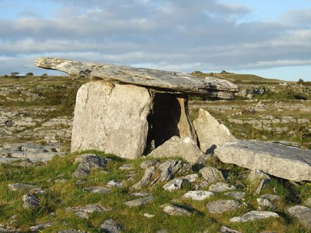 stoneage: Megalithic tomb at Poulnabrone in north county Clare, Ireland