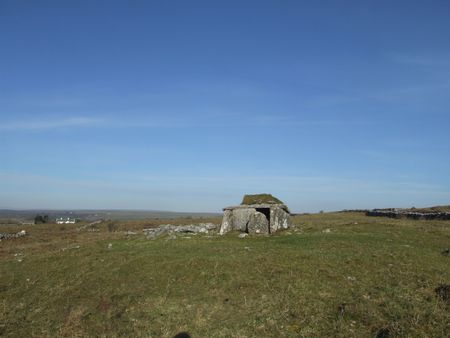 stoneage: Megalithic tomb in county Clare