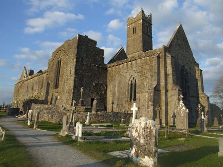 abbey ruins abbey: View of ruins of Quin abbey in the village of Quin, county Clare, Ireland Stock Photo