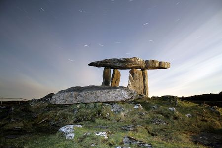 Poulnabrone Dolmen;  megalithic tomb in county Clare, Ireland Stock Photo