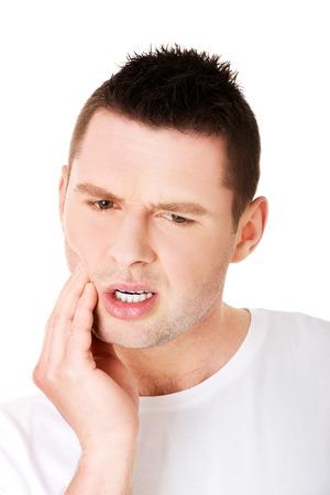 dent douleur: Homme ont terriblement souffert du mal de dents