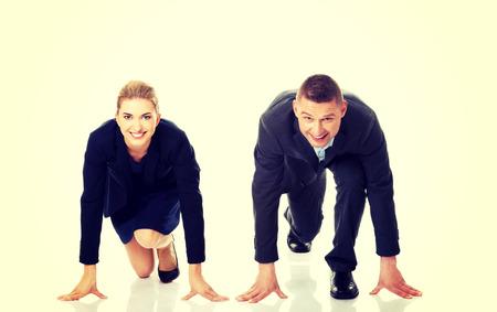 concurrencer: Business couple en concurrence entre eux Banque d'images