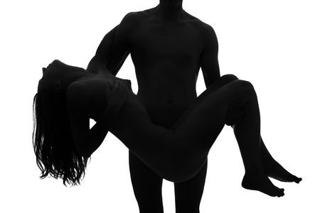 femme nue jeune: Jeune adulte couple nu. Contraste �lev� noir et blanc