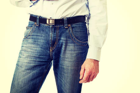 uomini maturi: Fashionable mature men in jeans trousers.