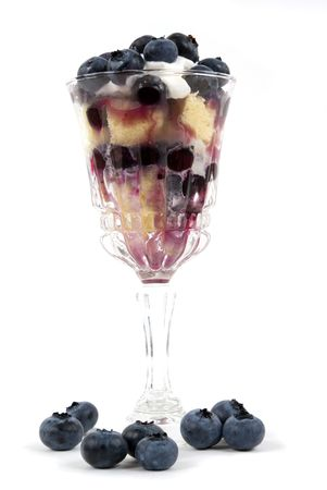 trifle: Delicious blueberry trifle