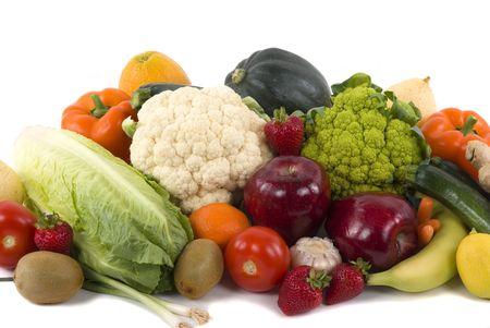 Différents types de légumes et de fruits sur fond blanc  Banque d'images - 918675