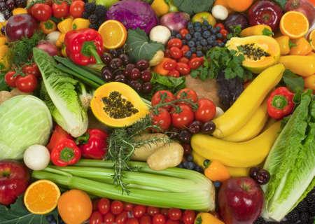 cebollas: Org�nica de hortalizas y frutas sanas  Foto de archivo
