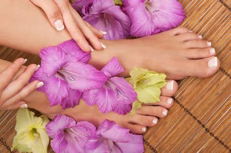 pedicura: Pedicura y manicura spa con orquídeas
