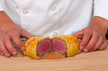 wellington: Beef Wellington  ready to be served
