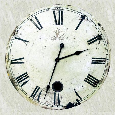 horloge ancienne: Horloge antique tr�s vieille et rouill�e avec les nombres romains Banque d'images