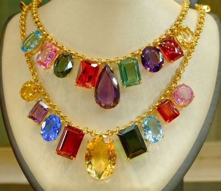 enormous: Double gold chain with enormous big diamonds Stock Photo